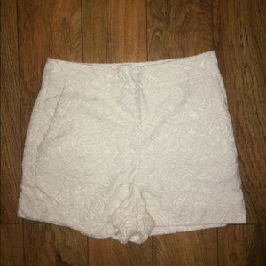 Gorgeous Express crocheted, lined shorts